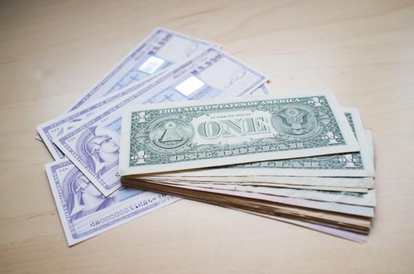 Dollar Travellerchecks Geld ManuelaDoerr 1