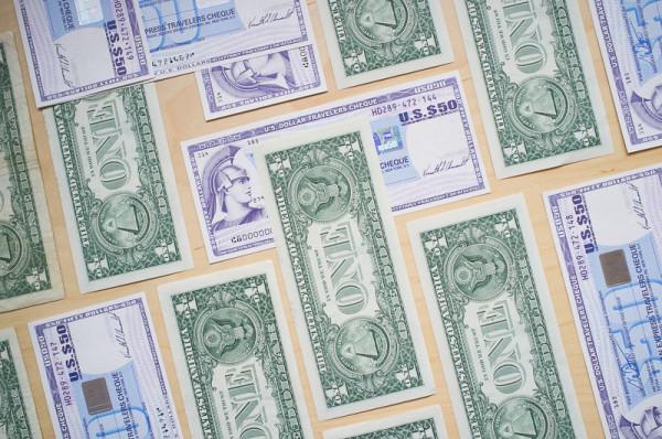 Dollar Travellerchecks Geld ManuelaDoerr 2