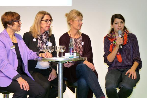 Manuela Dörr auf der Initiale in den Westfalenhallen in Dortmund